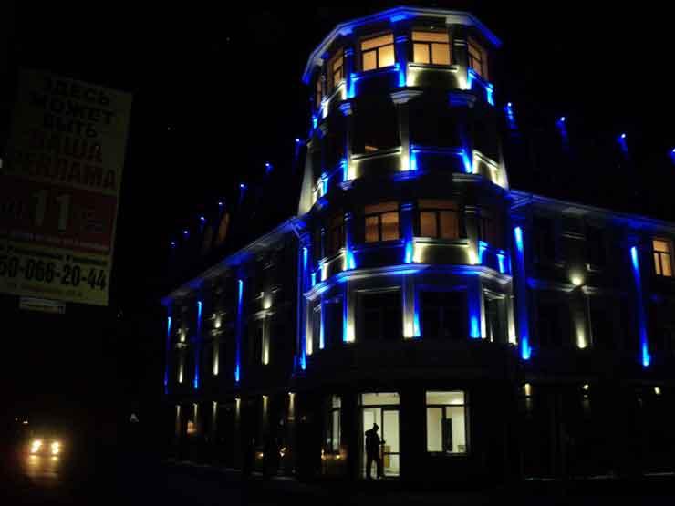 Гостинично-торговый центр Яхонт улица Кирова 50 б